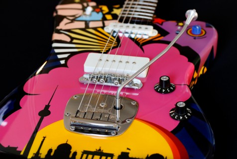 painted guitar Deimel Firestar Artist Edition »Berlin«