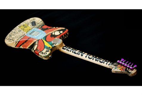 painted guitar Deimel Firestar Artist Edition, art by Kora Jünger