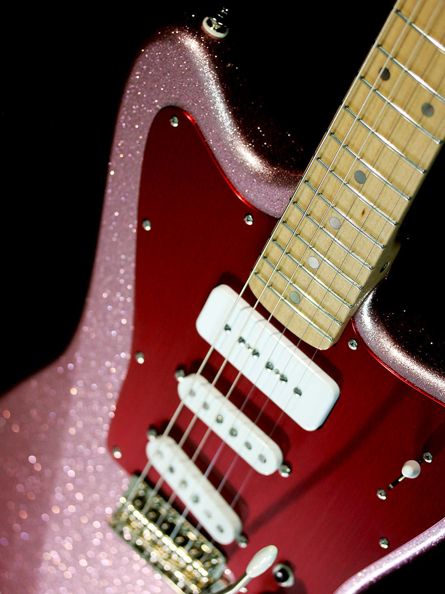 Deimel Firestar »Shell Pink Sparkle« w/ strat tremolo